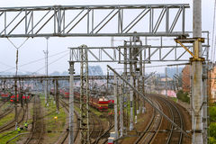Lokomotiven auf Bahnstrecken, Russland Stockfotografie