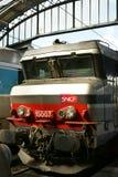 LokomotivSNCF utbildar Gare de l'Est Paris Arkivfoto