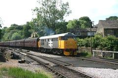 A1A lokomotyw klasa 31 31108 na Keighley i Warty dolinę Zdjęcie Royalty Free