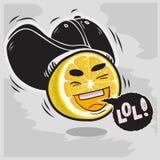 Lol udziały śmiechy Z Śmiać się Pokrojoną cytrynę Z baseballa kapeluszu Snapback Śmiesznymi owoc Fotografia Royalty Free