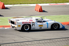 1968 Lola T70 MK3B στο κύκλωμα Monza Στοκ εικόνες με δικαίωμα ελεύθερης χρήσης