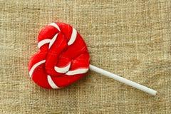 Lollipop στη μορφή καρδιών Στοκ εικόνες με δικαίωμα ελεύθερης χρήσης