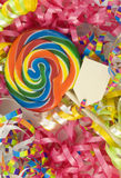 Lollipop do aniversário com Tag em branco Imagem de Stock Royalty Free