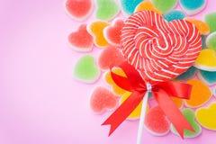 Lollipop en forma de corazón Fotos de archivo