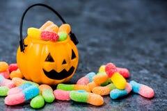 0 lollipop kgtoh студня иллюстрации http il href halloween поля 7 15 полностью конфеты масла штанги яблока exc dreamstime downloa Стоковые Фото