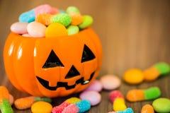 0 lollipop kgtoh студня иллюстрации http il href halloween поля 7 15 полностью конфеты масла штанги яблока exc dreamstime downloa Стоковое Изображение RF