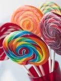 Lollipops espirales de la fruta Imagen de archivo libre de regalías