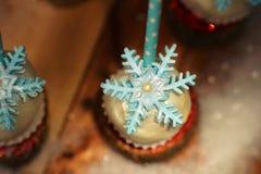 Lollypop-Nahaufnahme auf dem Schnee Lizenzfreies Stockbild