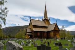 Lom梯级教会,挪威 库存图片