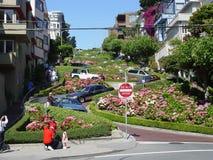 Lombard-Straße in San Francisco lizenzfreies stockbild