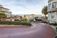 Lombard-Straße - San Francisco, Kalifornien, USA Stockbilder