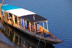 lombock острова Индонесии gili шлюпки около малого Стоковые Изображения RF
