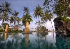 Lombok, Indonésie, le 2 juin 2014 - piscine de Sheraton Senggigi, Lombok photographie stock libre de droits