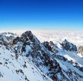 从Lomnicky峰顶的一个冬天视图 免版税库存照片