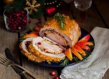 Lomo de cerdo relleno con la pechuga de pollo Imagen de archivo