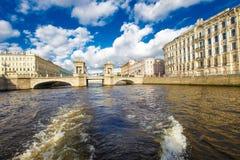 Lomonosov bro i St Petersburg Arkivbilder