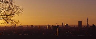 Londen Dawn Royalty-vrije Stock Afbeeldingen