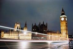 Londen, de Big Ben en Huizen van het Parlement bij nacht Stock Afbeelding