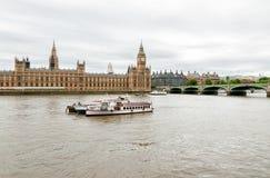 Londen De Brug, Big Ben en de Huizen van Westminster van het Parlement Royalty-vrije Stock Afbeelding
