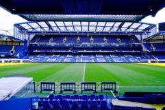 LONDEN, ENGELAND - FEBRUARI 14: Stamford-Brugstadion op 14 Februari, 2014 in Londen, het UK De Stamford-Brug is naar huis aan Che Royalty-vrije Stock Foto
