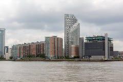 LONDEN, ENGELAND - JUNI 17 2016: Canary Wharf-mening van Greenwich, Londen, Groot-Brittannië Stock Afbeelding