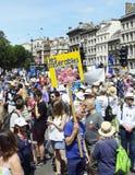 Londen, Engeland 23 juni 2018 Het protest maart van de mensen` s Stem stock fotografie