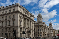LONDEN, ENGELAND - JUNI 16 2016: Whitehall-Straat, Stad van Londen, Engeland Stock Afbeelding