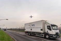 LONDEN, ENGELAND - SEPTEMBER 25, 2017: Air New Zealand-Luchtroutes Boeing 777 zk-OKM die in Londen Heathrow Internationale Airpor Royalty-vrije Stock Foto's