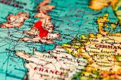 Londen, Groot-Brittannië, U K gespeld op uitstekende kaart van Europa Royalty-vrije Stock Foto's