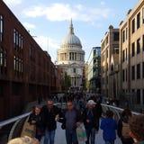 Londen in het echt bij StPauls-Kathedraal Royalty-vrije Stock Afbeelding