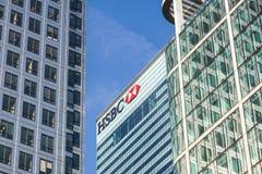 Londen, het UK - 6 April 2017: HSBC-bankhk in de stad van Londen HSBC is één van grootste kleinhandels en de investering van UKs stock foto's