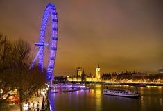 LONDEN, HET UK - 5 APRIL, 2014: Nachtmening van het oog van Londen, Londen het UK Royalty-vrije Stock Foto