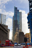 LONDEN, HET UK - 24 APRIL, 2014: Stad van Londen één van de belangrijke centra van globale financiën, hoofdkwartier voor belangri Stock Afbeeldingen