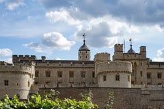 LONDEN, HET UK - 22 AUGUSTUS: De Toren in Londen op 22 Augustus, 2014 Stock Fotografie