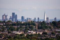 Londen, het UK - 24 Augustus, 2017: Stad van Londen en de Scherf als Se Stock Foto's