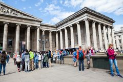 29 07 2015, LONDEN, het UK - British Museum-mening en details Stock Afbeeldingen