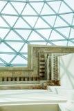 LONDEN, het UK - British Museum-mening en details Stock Foto's