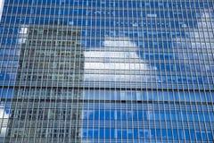 LONDEN, het UK - CANARY WHARF, 22 MAART, 2014 Moderne glasgebouwen Stock Foto