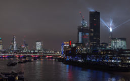 Londen, het UK - 13 December, 2016: De horizon van Londen bij nacht Royalty-vrije Stock Afbeelding
