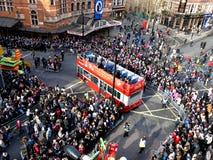 LONDEN, HET UK - 14 FEBRUARI 2016: Menigte voor Chinees Nieuwjaar 2016 Stock Fotografie