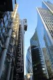 LONDEN, HET UK - 25 JANUARI, 2016: Het Gebouw en Willis Towers Watson Building van Lloyds in het financiële district van de Stad  Stock Afbeeldingen