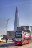 LONDEN, het UK - 29 MAART, de Scherf van 2014 van glas, voor het publiek op Februari 2013 309 m, het langste gebouw in Europa word Royalty-vrije Stock Afbeelding