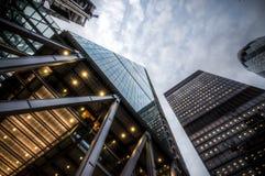 Londen, het UK - 29 Maart, 2017: Het futuristische industriële kijken Willis en Scapel-torens Royalty-vrije Stock Afbeeldingen