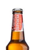 LONDEN, HET UK - 29 MEI, 2017: Fles alcoholische bier van Beieren Holland het niet op wit Beieren is de tweede - grootste brouwer Royalty-vrije Stock Foto