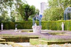 28 07 2015, LONDEN, het UK, Mening van Kew-Tuinen Stock Afbeeldingen