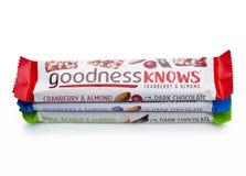 LONDEN, het UK - 24 November, 2017: De goedheid kent Snackbars op een wit Stock Afbeelding