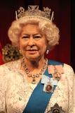 Londen, het Verenigd Koninkrijk - Maart 20, 2017: Koningin Elizabeth ii 2 & het portretwaxwork van PrinsPhilip wascijfer bij muse stock afbeelding
