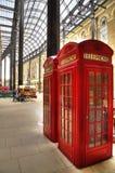 Londen, het Verenigd Koninkrijk - rode telefooncellen Stock Afbeelding