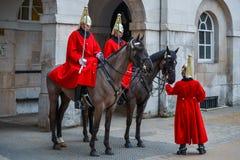 LONDEN - MAART 6: Badmeester van de Cavalerie van het Queenshuishouden  Royalty-vrije Stock Afbeelding
