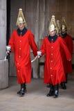 LONDEN - MAART 6: Badmeesters van de Cavalerie van het Queenshuishouden  Stock Fotografie